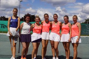 Damen 1 gewinnen in Bickenbach